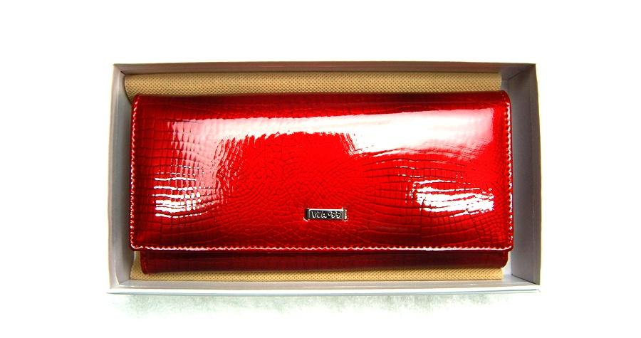 VIA55 női pénztárca V72037RSR piros patentos.  VIA55penztarca V72037 RSR 001. VIA55penztarca V72037 RSR 003.  VIA55penztarca V72037 RSR 0044 6e48452e29
